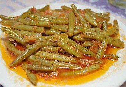 fasol-konservirovannaya-v-tomatnom-souse