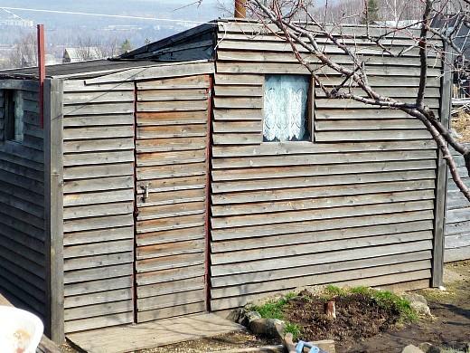 маленькая баня на даче своими руками - металлический каркас, обшитый деревом
