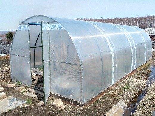 подготовка почвы для теплицы из поликарбоната