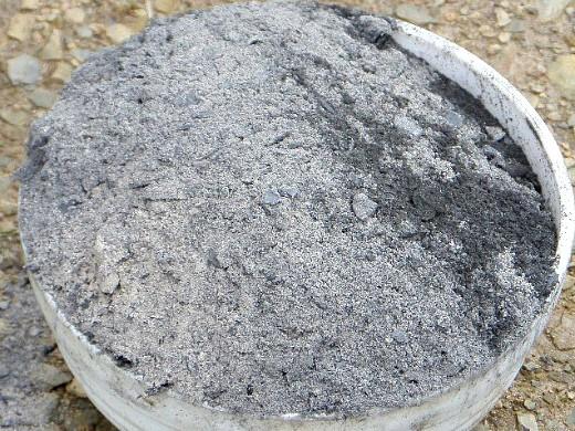 удобрения для огурцов в закрытом и открытом грунте - припудривание золой