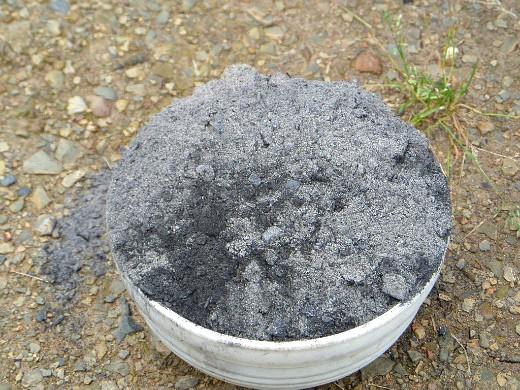 осенняя обработка почвы - удобрение или раскисление земли золой